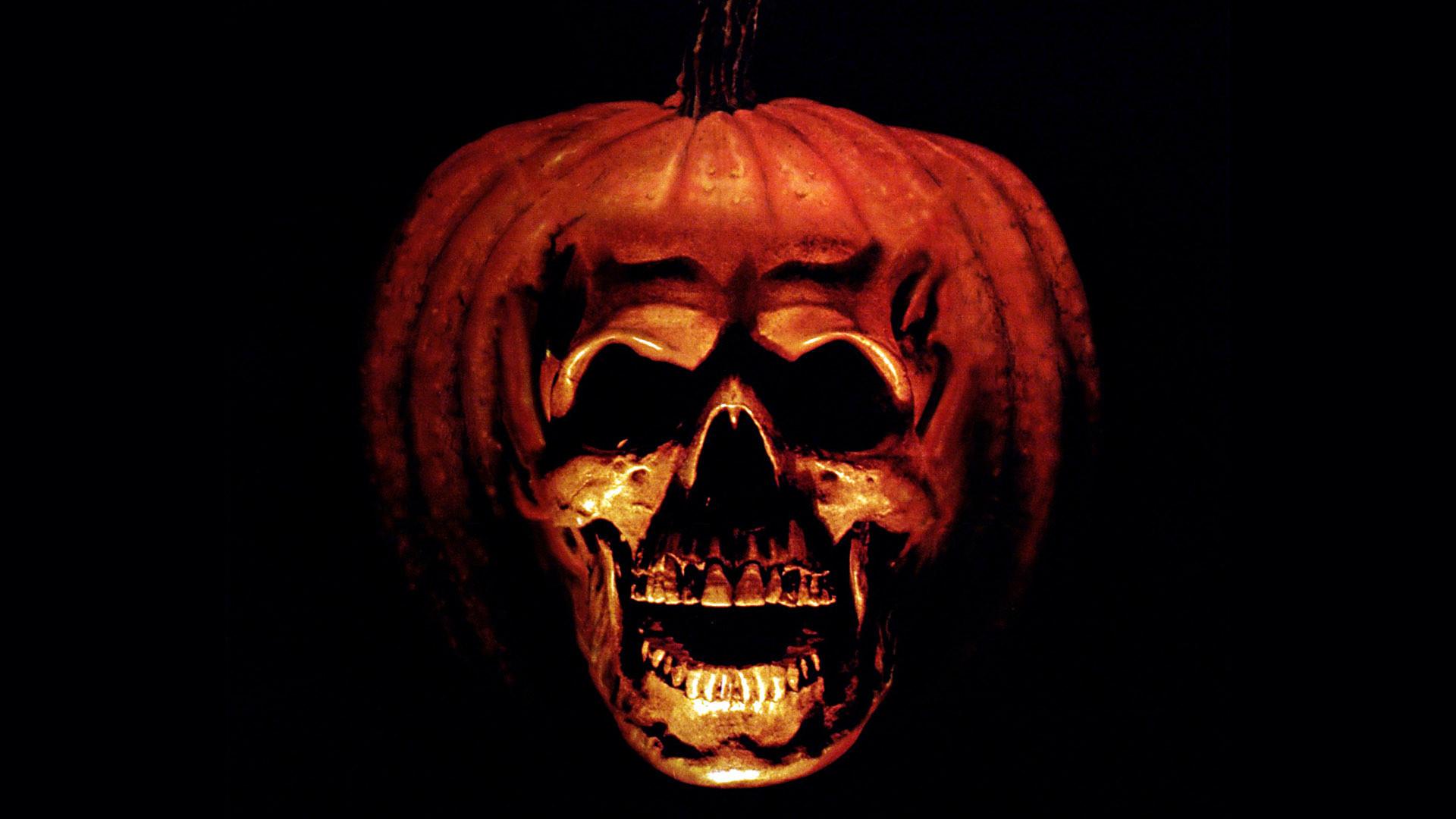 halloween skull | DirtyHorror.Com