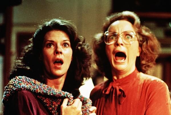 FILM: POLTERGEIST (1982) JOBETH  WILLIAMS,  /   BEATRICE STRAIGH