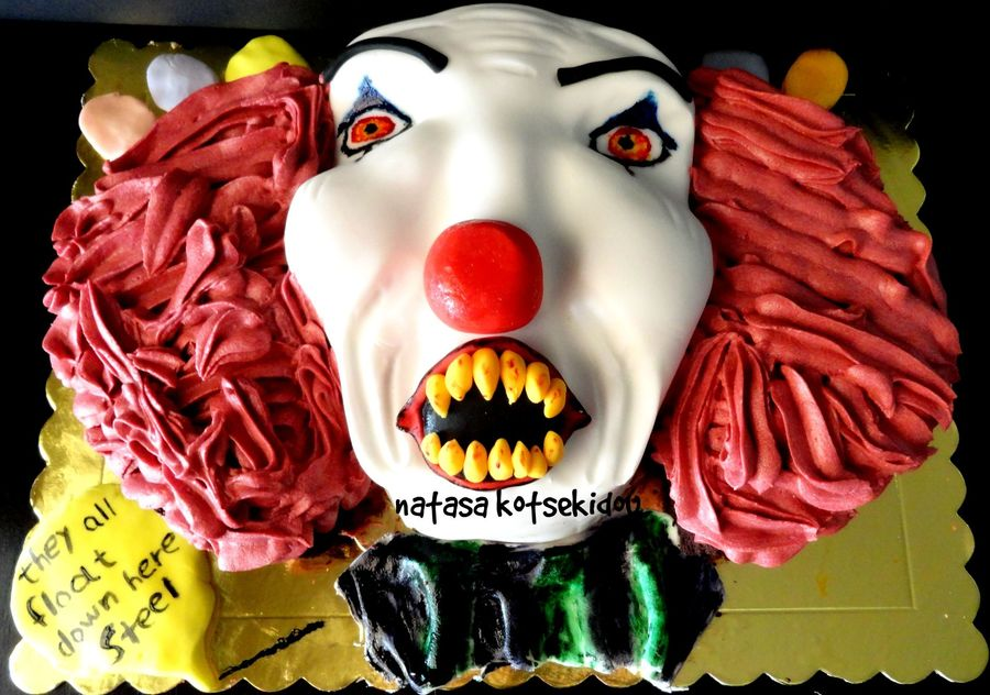 900_on86yH1GFw-pennywise-the-clown-cake